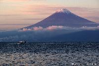 駿河湾からの夕景富士