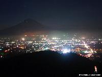 夏の夜景富士